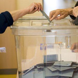 A quién beneficia el voto en blanco en España 21