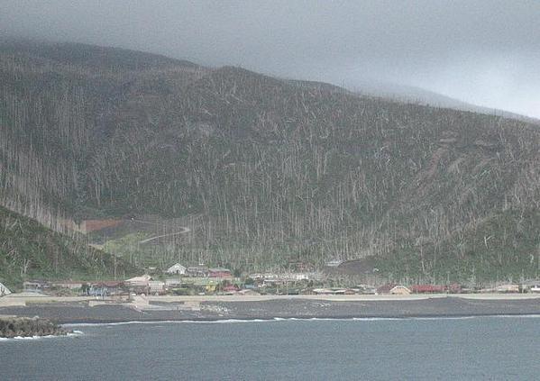 4ab4b6df96c060fa741e97b50eafb07c - La isla donde hay que llevar una máscara de gas de forma permanente