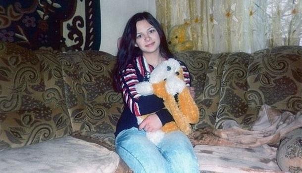 Con 19 años lapidada por participar en un concurso de belleza 13