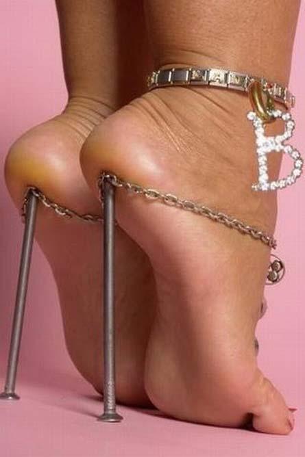 620466077c427f141effa294382f5fba - Diseños extraños de zapatos