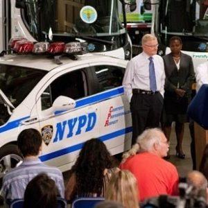 La Policía de Nueva York contará con 50 unidades del automóvil eléctrico Chevrolet Volt 23