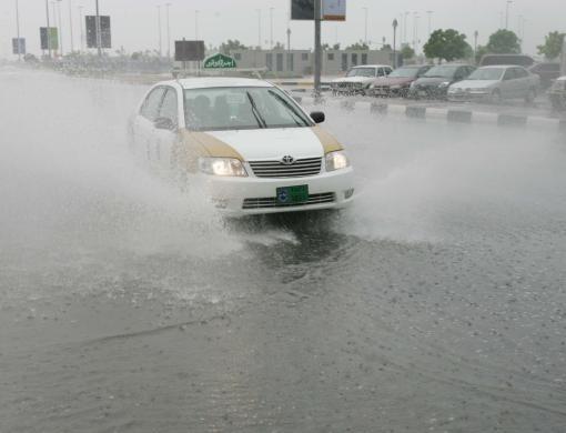 910084c4eb3461ee8947cd42bdd4b146 - Programa secreto creó 52 tormentas de lluvia artificial en el desierto de Abu Dhabi