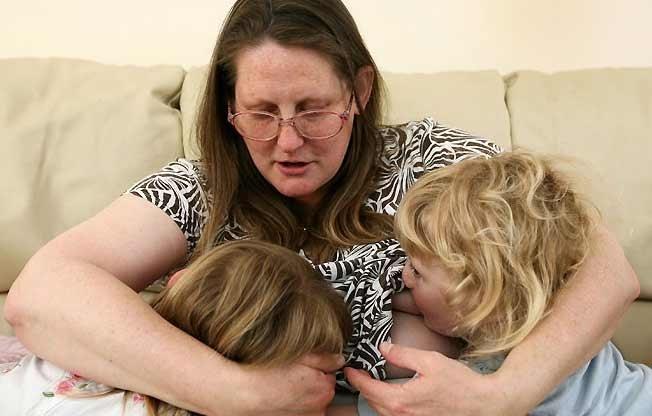 e36a512fe5b90101a88ae780e05256f8 - Sigue dando el pecho a sus hijos de 4 y 5 años y piensa seguir haciéndolo