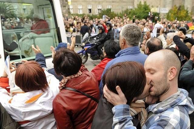 La visita del Papa cuesta cien veces más que el Orgullo LGTB y aportará diez millones menos de beneficio a Madrid 3