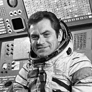 Vi por la ventana un objeto no identificado Afirmo el cosmonauta Vladimir Kovalenok 26