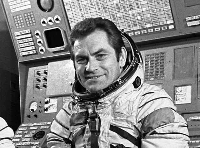 Vi por la ventana un objeto no identificado Afirmo el cosmonauta Vladimir Kovalenok 11