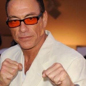 """Jean-Claude Van Damme protagoniza en la película de ciencia ficción """"UFO"""" 22"""
