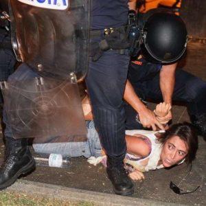 Violencia policial contra el 15M frente al Ministerio del Interior 11