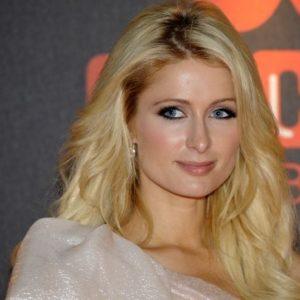 Nadie confía en Paris Hilton 25