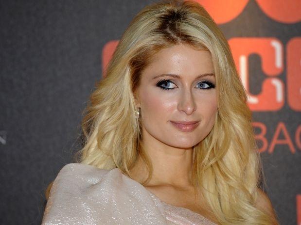 Nadie confía en Paris Hilton 13