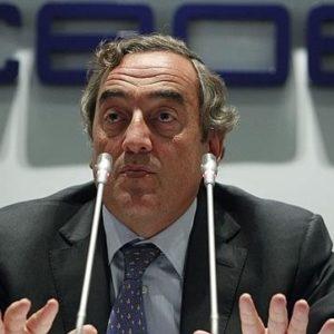 La CEOE pide ahora anular también la subida salarial pactada para 2012 18