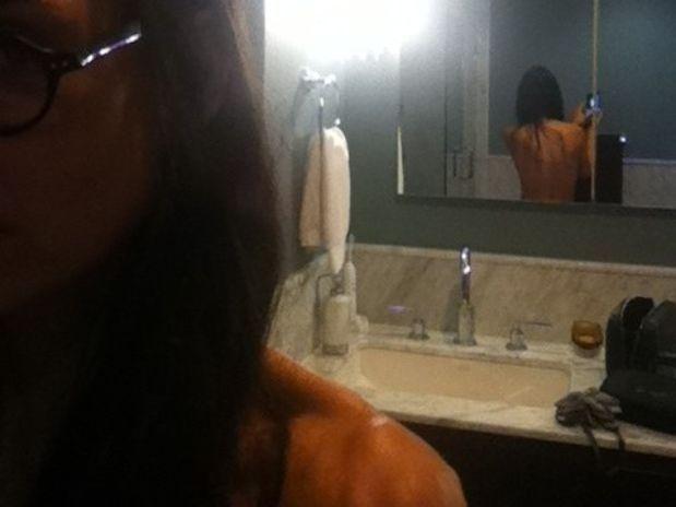 Espalda desnuda de Demi Moore recibe halagos en Twitter 2