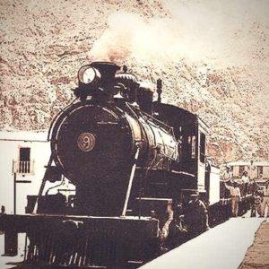 Cazafantasmas que buscaba tren fantasma es matado por un tren real 23