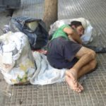 Casi 11 millones de personas en situación o riesgo de pobreza en España 6