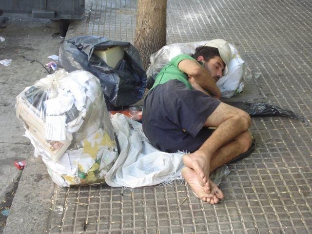139702ff92e93f29d84ebf976a5dfd8f - Casi 11 millones de personas en situación o riesgo de pobreza en España