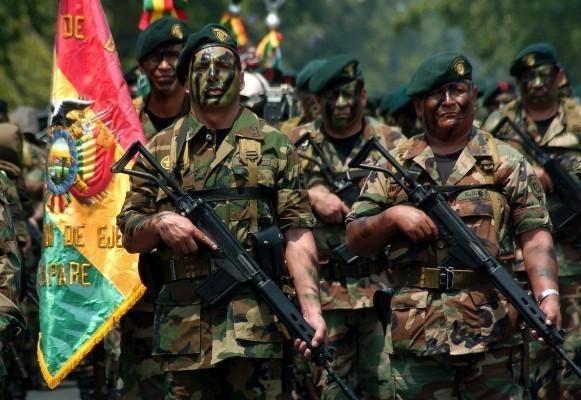 17b6a71885f45d0c136e6a32c71ba242 - El ejército portugués dice ser servidor del pueblo, no del Estado