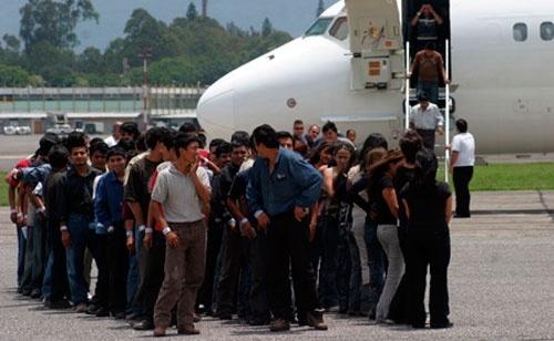 EE.UU.: récord de expulsiones de indocumentados 2