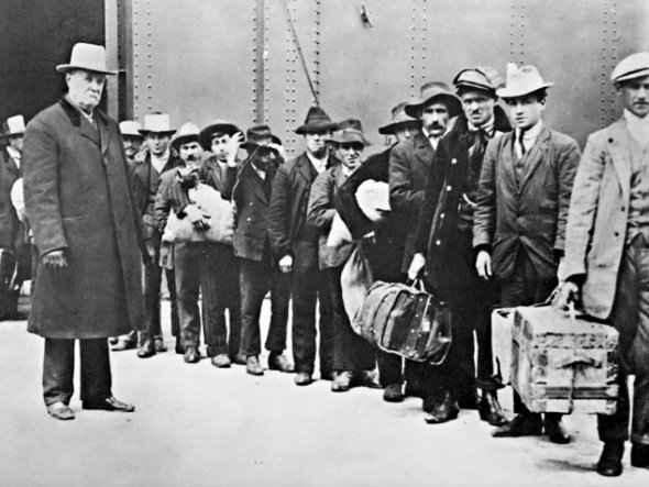 580.000 personas se van de España 9
