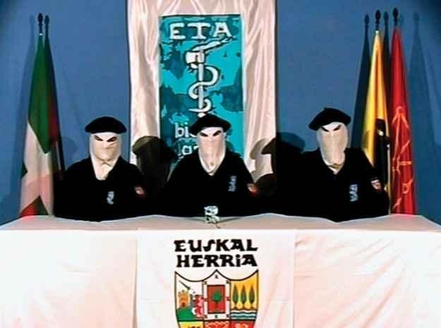 ETA anuncia el fin del terrorismo 9