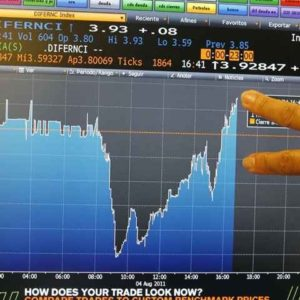 Aumenta la presión sobre Europa para hacer frente a la crisis de deuda 24