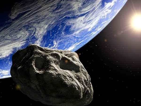 1cb87e15d06c18034fbb631f14d2c6f3 - Un gigantesco asteroide pasó anoche muy cerca de la Tierra