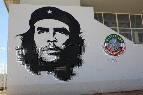 Walking on Left, Salvados visita el pueblo comunista de Marinaleda 2