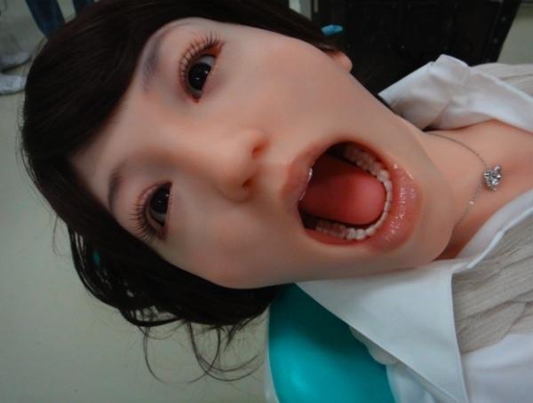 540b4c71320024543f33aec82da1495c - Detienen en China a dentista por introducir su pene en la boca de una paciente