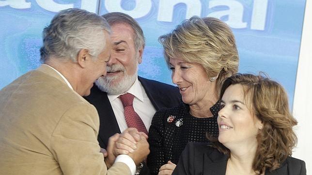 La presidenta de la Comunidad de Madrid dice que las reformas hay que acometerlas y no posponerlas