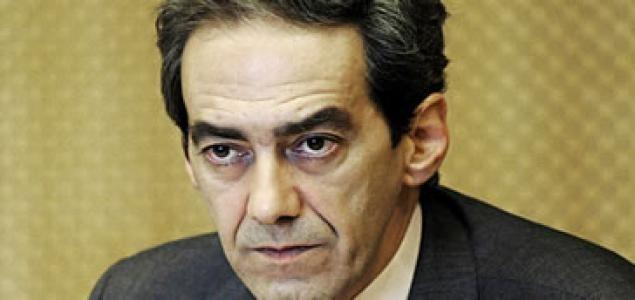 Alemania 'aconseja' a Rajoy que nombre ministro de Economía a González Páramo 9