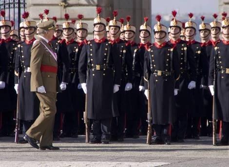 2c538c8f63a83e01bdc7778f40f54af9 - Mantener a la Guardia Real cuesta 45 millones de euros al año