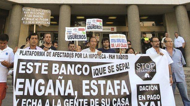 """Los bancos encuentran un """"atajo"""" para quedarse con los pisos embargados desde 1 euro 10"""