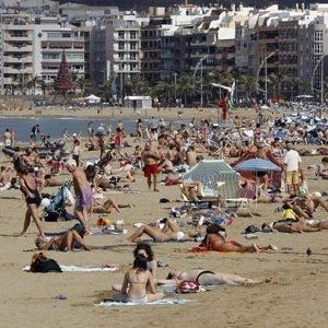 El buen año turístico no se ve en el empleo 23