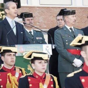 El nuevo director general de la Guardia Civil tiene una preparación que difícilmente le permitiría ser guardia 25