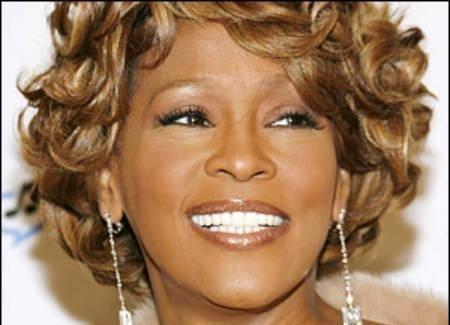 La cantante Whitney Houston fallece a los 48 años 12
