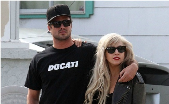 971a7e53435df770641dbe09182fe4ec - Lady Gaga podría ser madre en 2012
