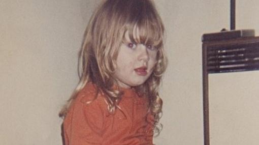 Adele a los cuatro años 22