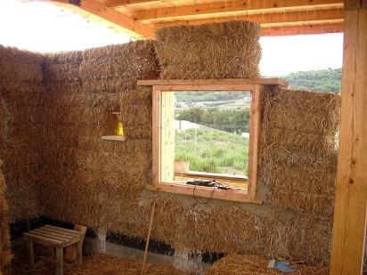 Manual de como construir tu propia casa hecha de paja 13