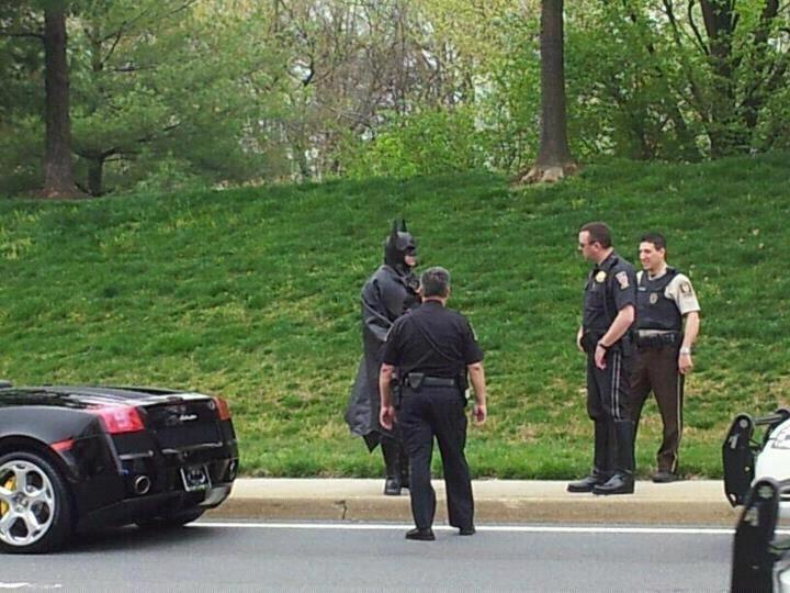 Detienen a Batman en EEUU 12