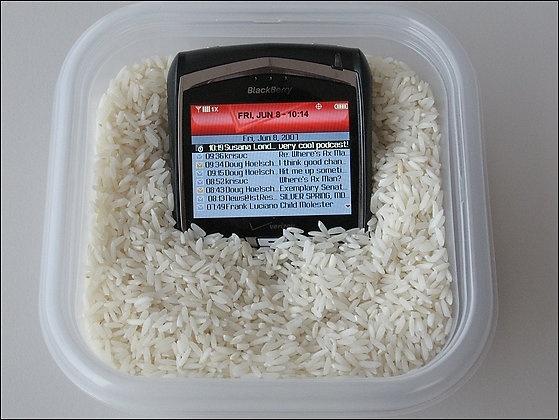 Arroz, la solución para secar los teléfonos móviles mojados 13