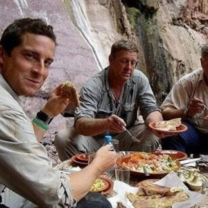 Bear Grylls: El Gran 'Fake' de Discovery Channel 28