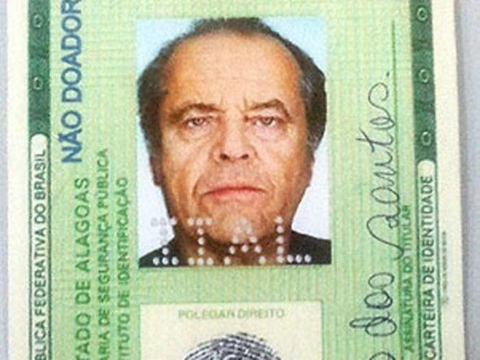b96b0675996074d026b87e19f230d72d - Usaba el DNI con la foto de Jack Nicholson