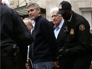 noticias Detuvieron a George Clooney