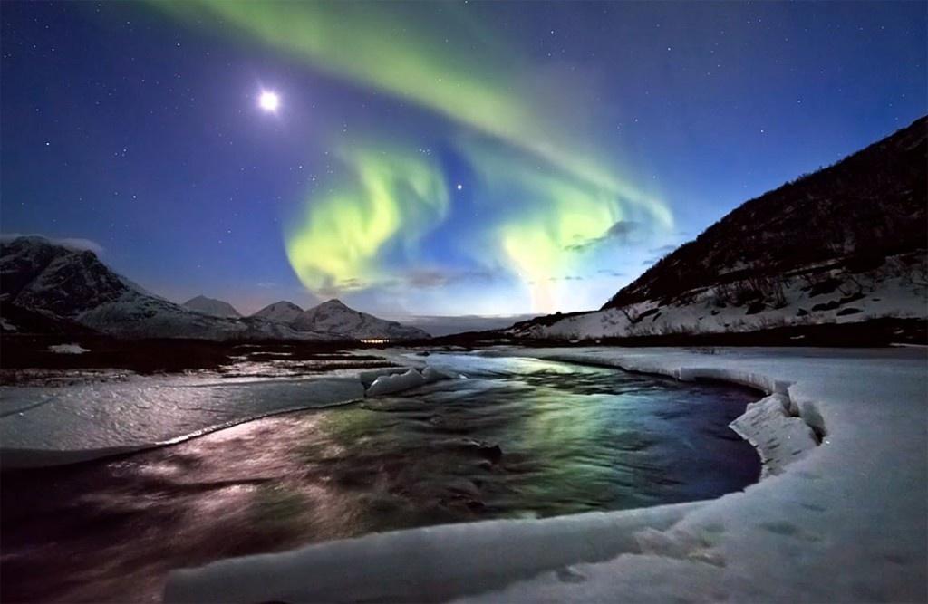 06eb7df1ccb6d94b1399309f36fd548a - Video de auroras boreales en timelapse de Ole C. Salomonsen