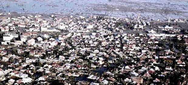 Alerta de #tsunami en Indonesia tras un terremoto de magnitud 8,9 en la escala Richter 26