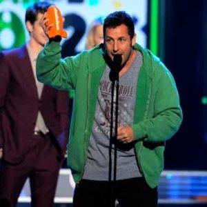 Adam Sandler arrasa con los premios en lo peor del cine 28