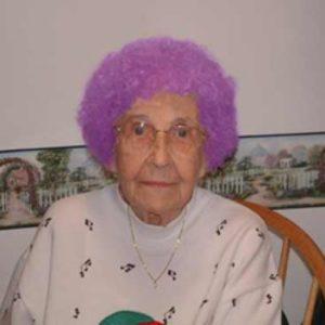 NASA investiga el extraño color de pelo de una anciana 28
