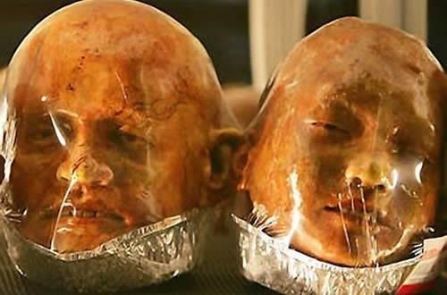 El pan del Horror, vende panes en forma miembros humanos 10