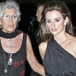 ¿Cómo soportan a sus suegras las celebrities? 38