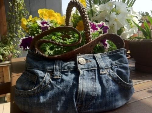 Cómo hacer un bolso de tus pantalones vaqueros 9