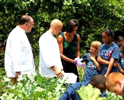 81b6b9d786160f9e0fbe112ee9324a81 - José Andrés, cocinando con sus hijas en La Casa Blanca